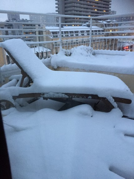 The hotel's balcony..no sunbathing this time!